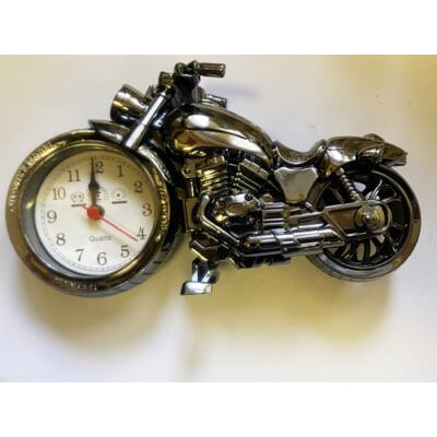 Ébresztős aztali motoros óra  168A